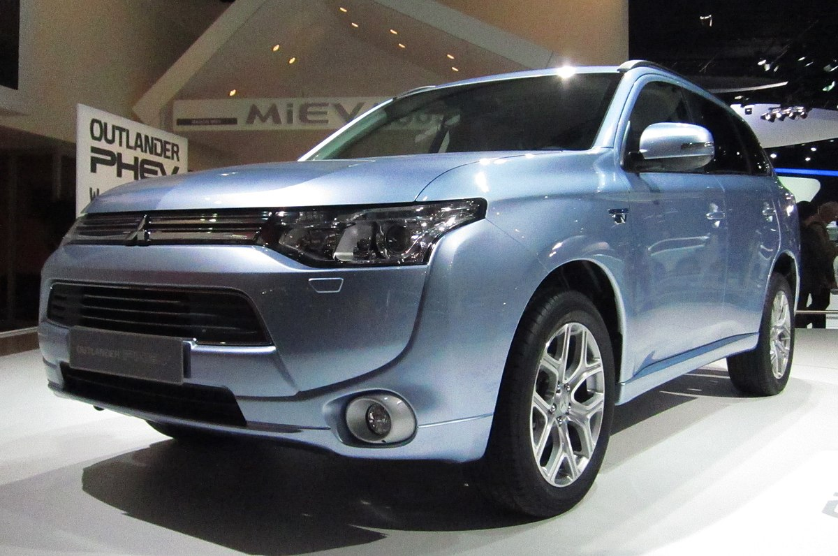 Mitsubishi Plug In Hybrid Outlander Wikipedia