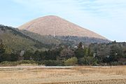 Mount Ōmuro 20130113.jpg