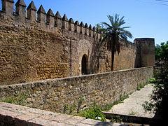Muralla de la Puerta de Sevilla, Córdoba..JPG