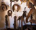 Museo Etnológico de Puerto Seguro - Herraduras y arrapeas (30872589211).jpg