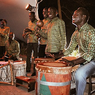 Music of Kenya - Kenyan Musicians performing traditional Luo songs
