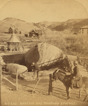 Cliff House (Manitou Springs, Colorado) - Image: Navajo and Manitou Springs