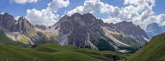 The Forces de Siëles in the Puez-Geisler Nature Park, Dolomites UNESCO World Heritage Site.