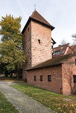 Neutormauer 5, Mauerturm Grünes J Nürnberg 20191020 001
