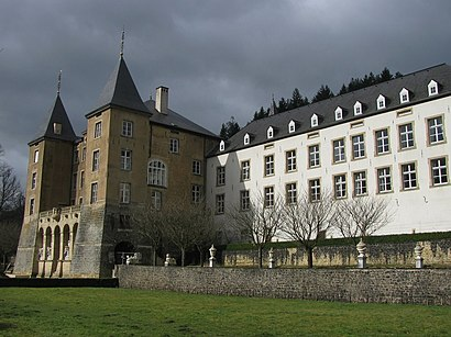 How to get to Grand Château D'Ansembourg with public transit - About the place