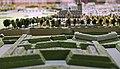 Noordelijke walmuur met Biesenhoornwerk (voorgrond) en kerk commanderij Nieuwen Biesen, detail kopie Maquette van Maastricht, collectie Centre Céramique.JPG