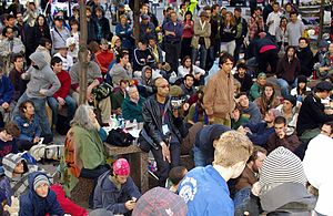 Timeline of Occupy Wall Street - The crowd on September 18, 2011 (day 2).