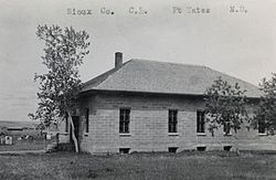 Old Sioux County Courthouse (Fort Yates ND).jpg