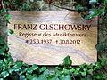Olschowsky-Gedenkplatte Friedhof Weimar.JPG