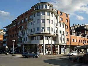 One building in Prijedor, facing bazaar, Pećani