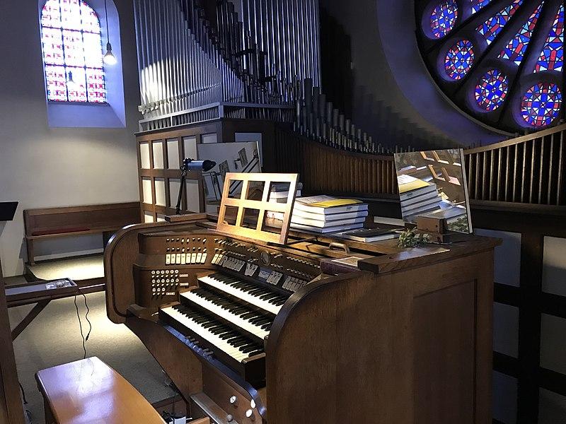 Datei:Orgelempore St. Konrad Münster.jpg