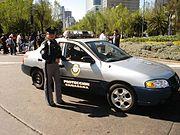 Patrulla de la policía del Distrito Federal sobre el Paseo de la Reforma