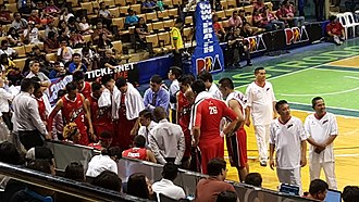 Alaska Aces (PBA) - Alex Compton and the Aces during a timeout.