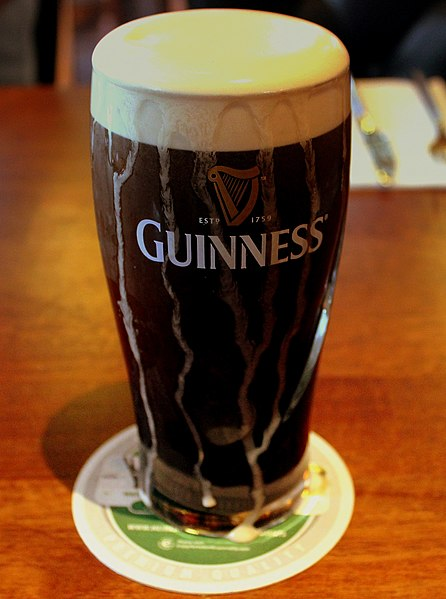 File:PINT OF GUINESS AT THE CORNER BAR GALWAY IRELAND JULY 2013 (9200966105).jpg