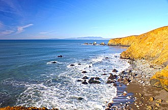 Calera Creek - Image: Pacifica Coastline 01