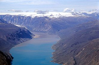 Auyuittuq National Park - Image: Pangnirtung Fiord N 4 2001 07 25