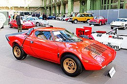 Paris - Bonhams 2016 - Lancia Stratos HF Stradale coupé - 1975 - 001.jpg