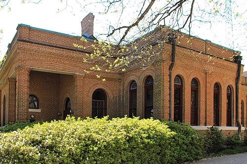 Peabody library building huntsville tx 2014