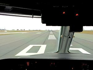 Toronto Pearson International Airport - Cockpit view of runway 06R