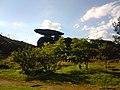 Pedra montada em Poços de Caldas - MG, Brasil - panoramio.jpg