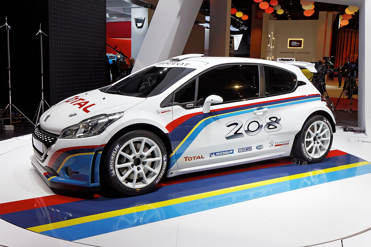 file peugeot 208 r5 mondial de l 39 automobile de paris 2012 wikimedia commons. Black Bedroom Furniture Sets. Home Design Ideas