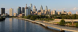 Philadelphia skyline and Schuylkill River (2016)