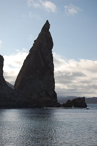 Bartolomé Island - Image: Pinnacle rock at Bartoleme Island