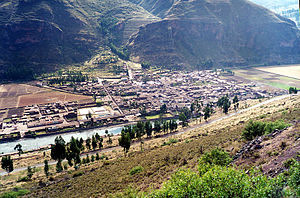 Písac - Pisac and the Vilcanota River