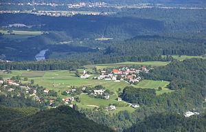 Srednja Dobrava - View of Zgornja Dobrava and Srednja Dobrava from the Jelovica Plateau