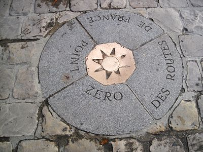 French road system's Point Zero spot on the ground in front of the Notre Dame (since 1924). Point Zero des Routes de France (1).JPG