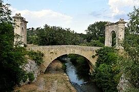 Pont Flavien Saint Chamas