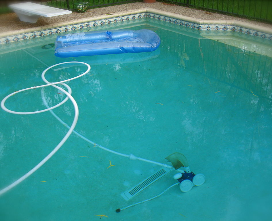 File Pool Cleaner Jpg Wikimedia Commons