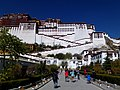 Potala Palace Lhasa Tibet Autonomous Region China 西藏 拉萨 布达拉宫 - panoramio (9).jpg