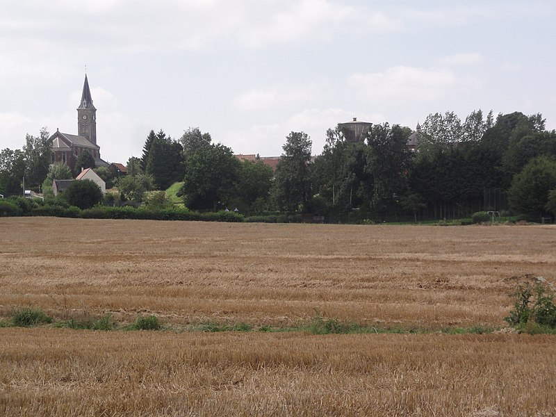 Prémont (Aisne) vue du village