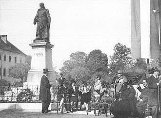 Vodnik Square - The statue of Valentin Vodnik and a celebration next at the square on the 120th anniversary of the Illyrian Provinces in 1929.