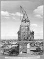 Queensland State Archives 4003 Tower traveller erecting first panel of south half of suspended span Brisbane 9 August 1939.png