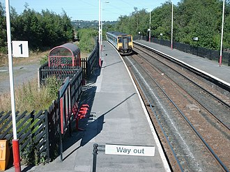 Ravensthorpe railway station - Ravensthorpe station, looking towards Dewsbury and Leeds