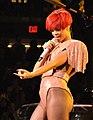 Rihanna 2010 cropped.jpg