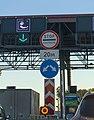 Road sign in Zelenograd 01.jpg