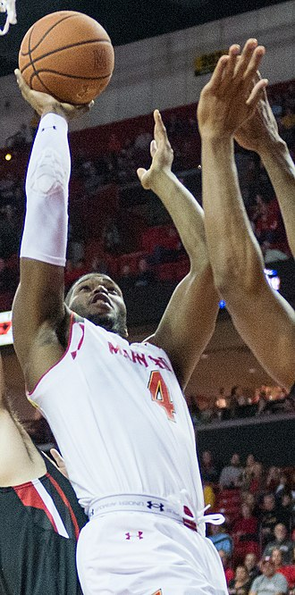 Robert Carter (basketball) - Carter playing for Maryland