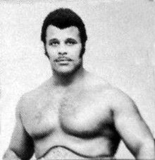 Rocky Johnson - 29 december 1975 - WRESTLING PROGRAM NORTH SIDE COLISEUM (cropped).jpg