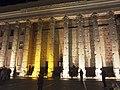 Roma, Tempio di Adriano di notte.jpg