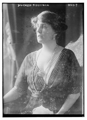 Rosalind Hamilton, Duchess of Abercorn - The Duchess of Abercorn in 1914.