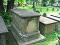 Ross tomb5.jpg