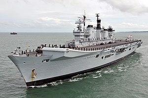 Landing Platform Helicopter - HMS Illustrious (R06)