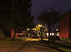 Rue Jean Ekelmans looking towards Rue Emile Rotiers, December evening (civil twilight) in Auderghem, Belgium.jpg