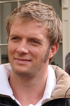 "Rupert Penry-Jones under arbetet med TV-dramatiseringen av Jane Austens roman ""Övertalning"" 2007."