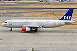 SAS, OY-KAN, Airbus A320-232 (43687767134).jpg