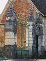 Saint-Jory-las-Bloux château grille (1).JPG