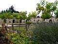 Saint-Pierre-de-Frugie Vieillecour jardin.JPG